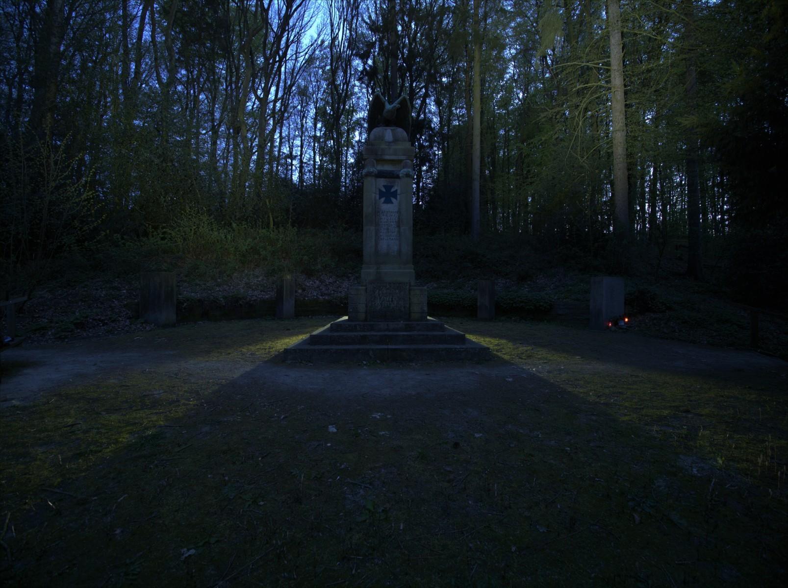 Kriegerdenkmal_02